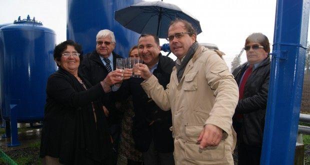 El-Ministro-Undurraga-encabezó-la-inauguración-del-APR-de-Auquinco.-620x330