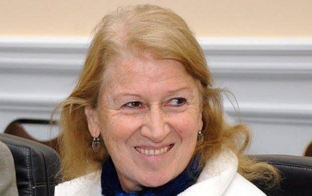 Sara Larraín R