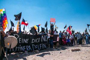 Marcha pacífica en el desierto de Atacama por rechazo a proyecto minero