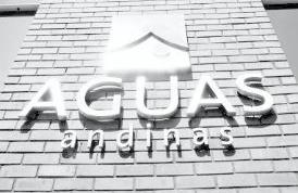 Organizaciones ambientales acusan doble estándar de Aguas Andinas por oposición a Los Bronces Integrado mientras mantiene contrato con Aes Gener