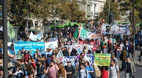 Amplia convocatoria tuvo la Marcha por la Recuperación y Defensa del Agua