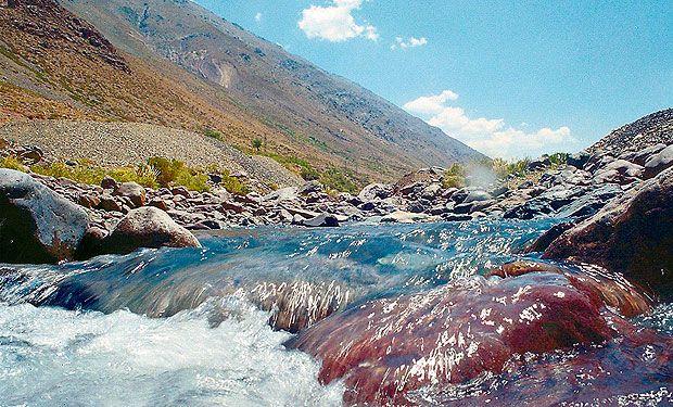 Gobierno detuvo publicación de normas de agua para las cuencas de Valdivia, Biobío y Maipo