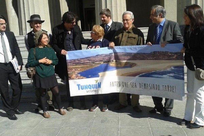 Vecinos de Tunquén presentaron recurso de protección contra el SEA por permitir construcción en Humedal