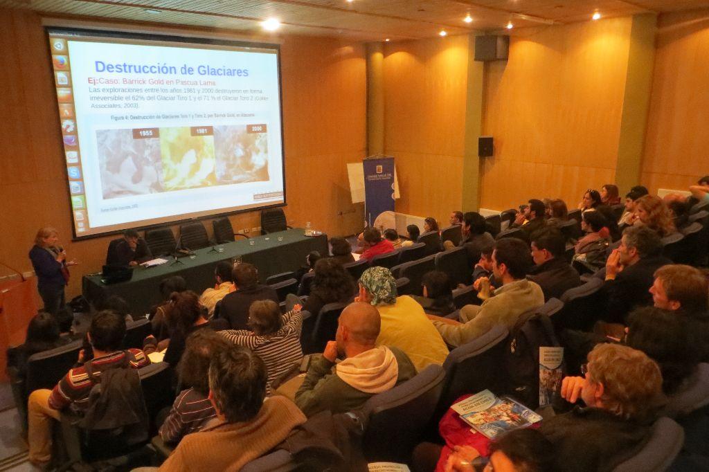 En Valdivia se realizó Encuentro Zona Sur por la Defensa del Agua y la Vida