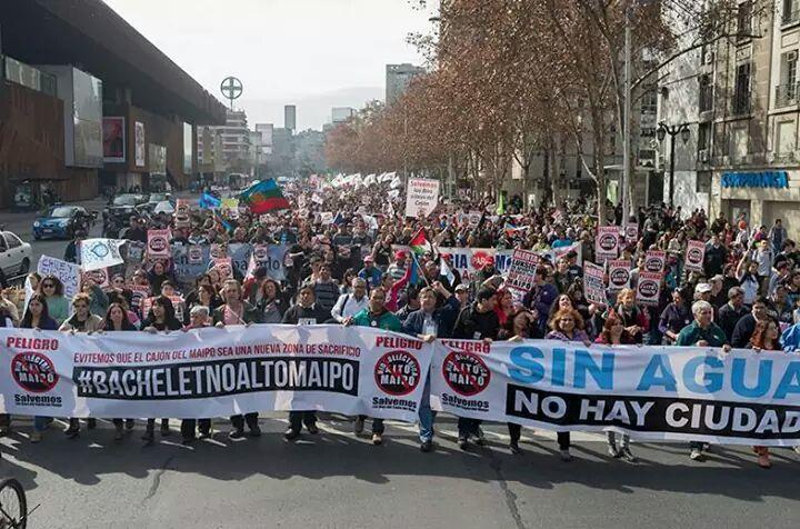 Organizaciones sociales preparan nueva marcha contra proyecto Alto Maipo