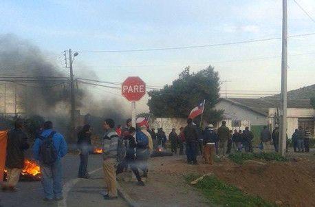 Areneros del Maipo protestaron contra proyecto Alto Maipo