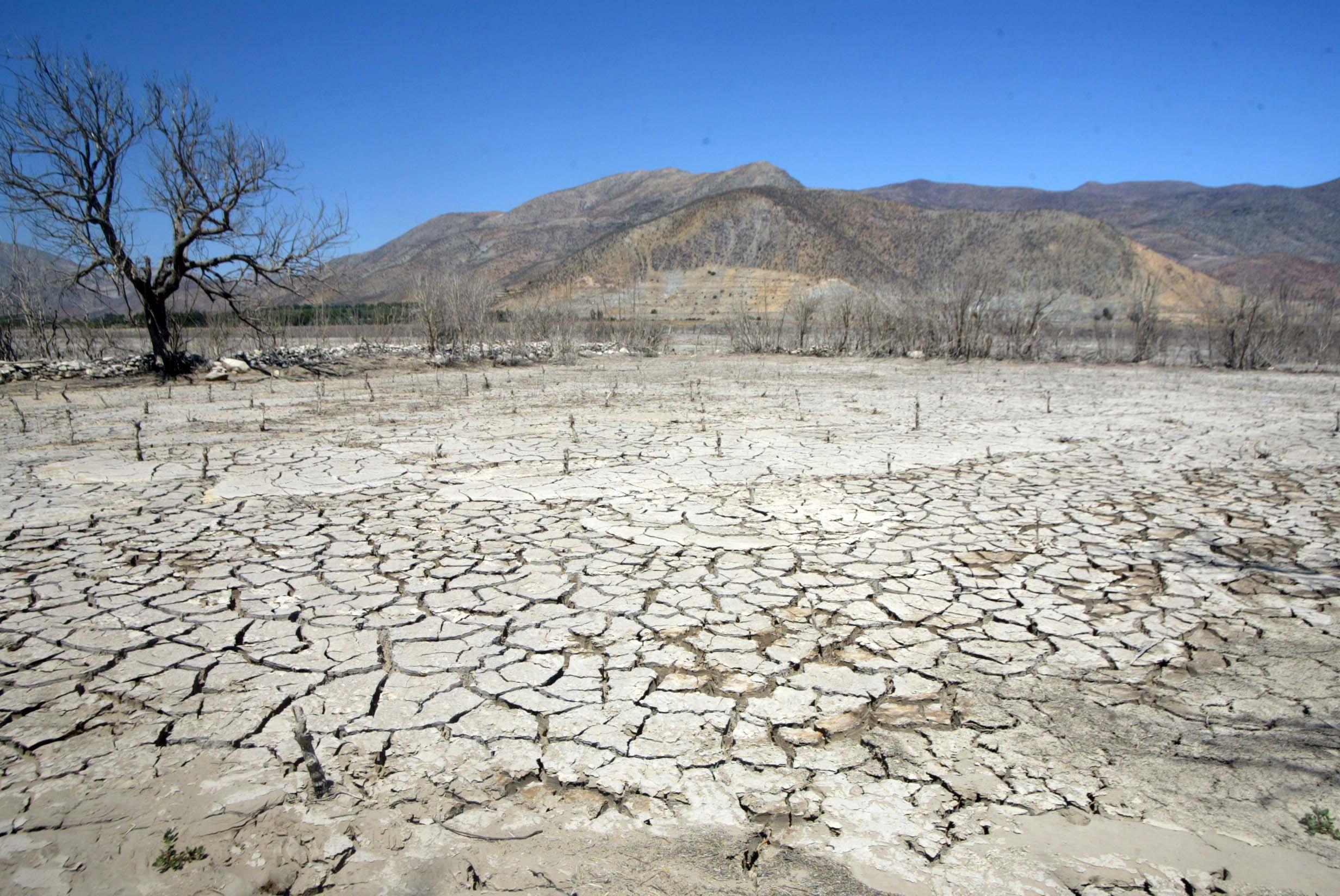 Atlas del agua reveló escasez del recurso: Culpan a privatización y pasividad del Estado