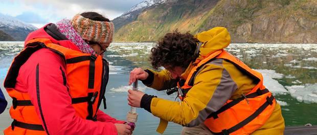 Científicos de Centro de Investigación IDEAL estudian la acidificación de los océanos en la Patagonia