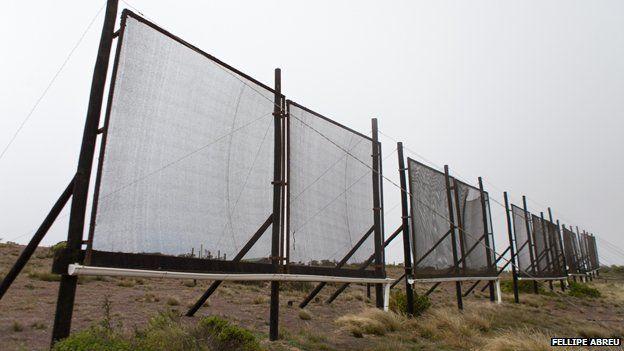 'Atrapanieblas': El proyecto pionero que busca diversificar el recurso hídrico en la Región de Antofagasta