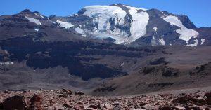 Glaciólogo apunta a Anglo American por derretimiento de glaciares: «Se están acelerando por culpa de la actividad minera»