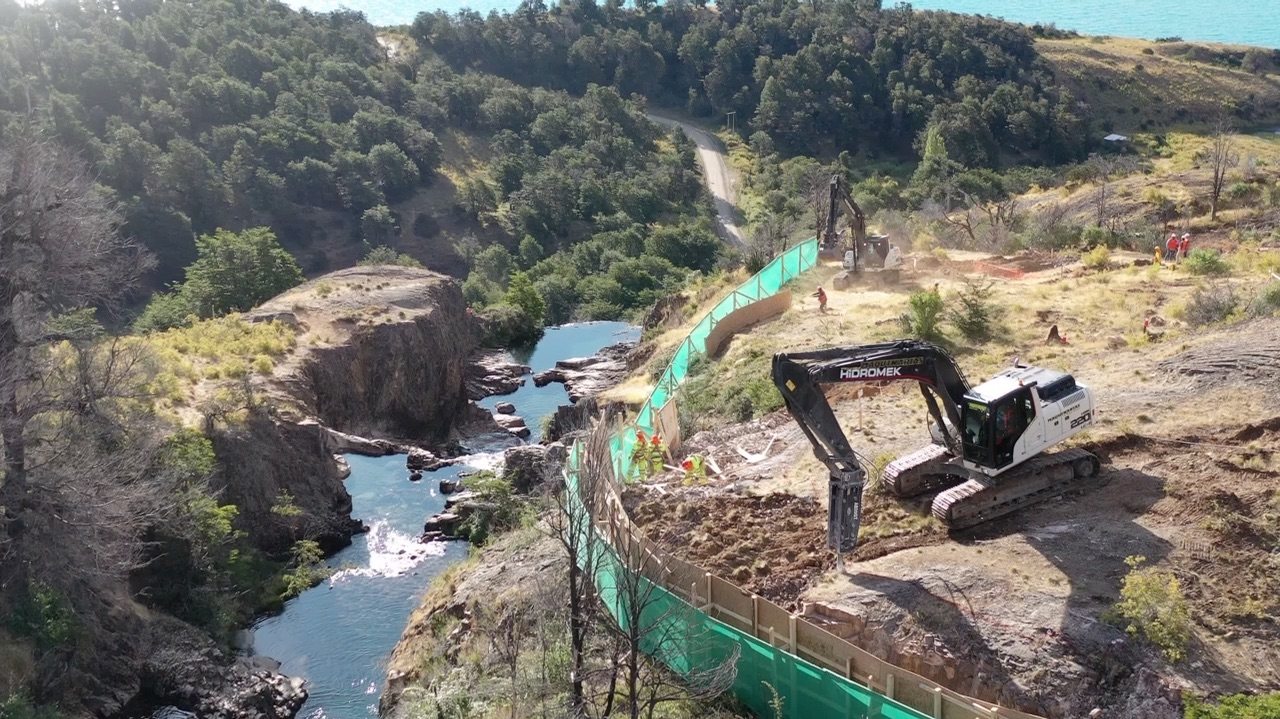Superintendencia del Medio Ambiente acoge a trámite denuncia contra Edelaysen por construcción de hidroeléctrica Los Maquis sin evaluación ambiental